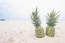2 pineapples
